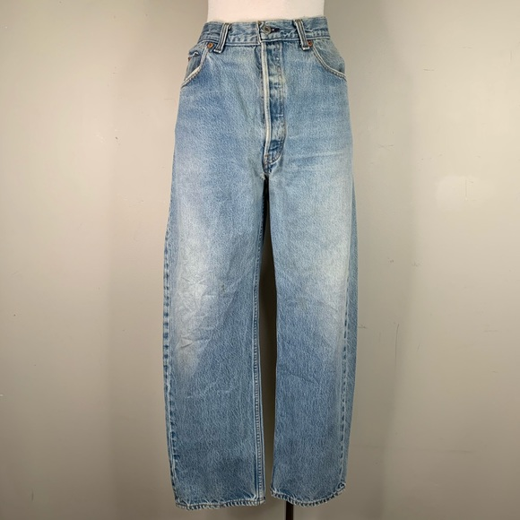 Levi's size 38 light wash vintage 501s from 1993